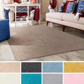 Meticulously Woven Nueve Polyester Rug (5' x 7'6)