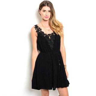 Shop the Trends Women's Junior Sleeveless Woven Dress