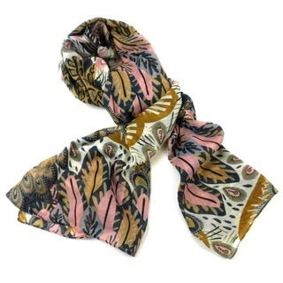 Handmade Peacock Feather Print Polyester Scarf (India)