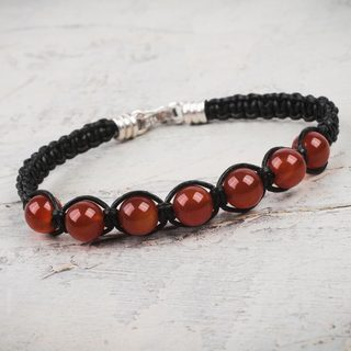 Handcrafted Leather 'Warmth' Carnelian Bracelet (Peru)
