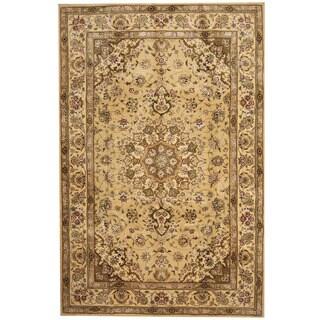 Herat Oriental Indo Hand-tufted Tibetan Beige/ Gold Wool & Silk Rug (5'9 x 8'9)