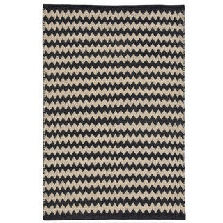 Chevron Black/Ivory Handwoven Jute Rug (8' x 11')
