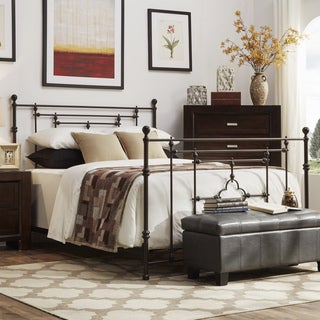 SIGNAL HILLS Rhodes Quatrefoils Iron Metal King-Sized Bed with Footboard