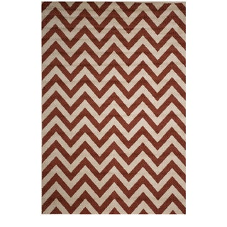 Christopher Knight Home Rosemary Sal Indoor/Outdoor Chevron Frieze Rug (5' x 8')