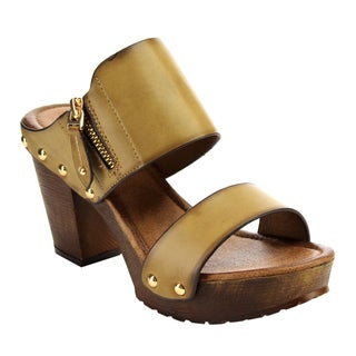 Nature Breeze Women's Lug Sole Faux-leather Chunky Sandals
