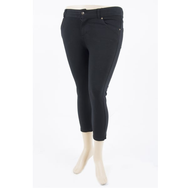 Soho Women Plus Size Black Capri Leggings