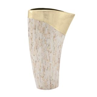 Innovative Lacquer Vase - Gold