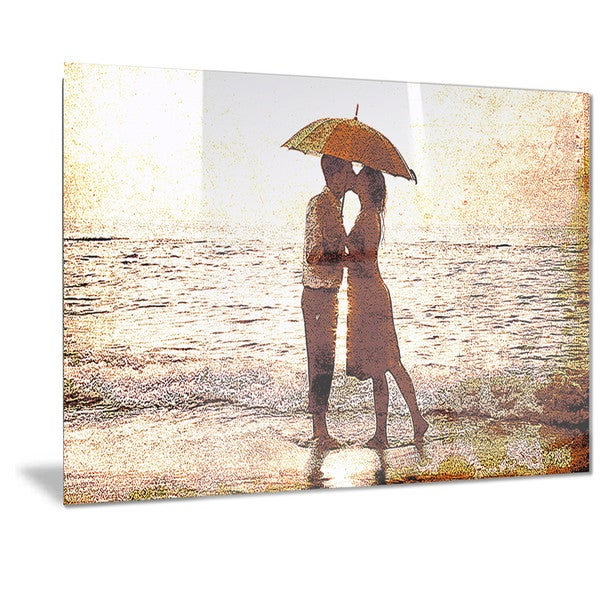 Designart 'Baby Kiss By the Water Sensual Metal Wall Art