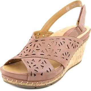 Earth Women's Aries Brown Leather Sandals