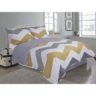 Journee Home 'Bedding-68' 3-piece Reversible Microfiber Quilt Set