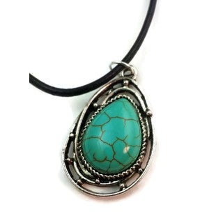 Mama Designs Silvertone Faux Turquoise Handmade Western Style Charm Necklace