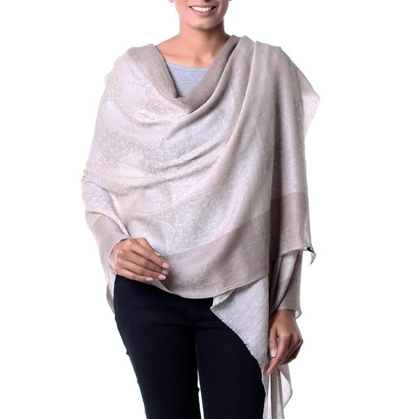Handcrafted Wool Silk Blend 'Kashmir Paisley' Shawl (India) 18911848