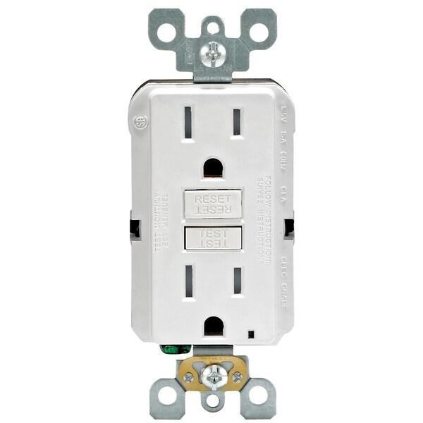Leviton M02-GFTR1-03W 15 Amp White SmartlockPro Self-Test GFCI 3-count