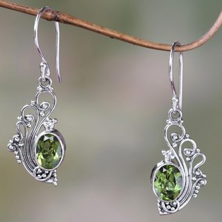 Sterling Silver 'Green Peacock's Feather' Peridot Earrings (Indonesia)