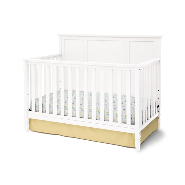 Delta Children Easton White Pine/MDF 4-in-1 Convertible Crib