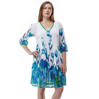 La Cera Women's V-neck Pleated-chest 3/4-sleeve Short Dress