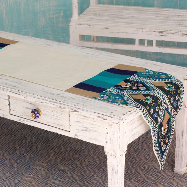 Handcrafted Applique 'Indian Palace' Table Runner (India)