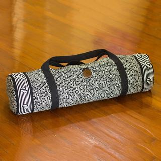 Handcrafted Cotton 'Night Passion' Yoga Mat Bag (Thailand)