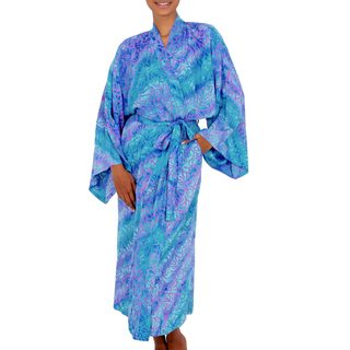 Handcrafted Rayon 'Ocean Symphony' Batik Robe (Indonesia)
