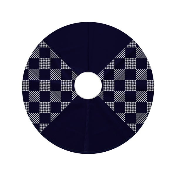 44-inch Round Check It Twice Geometric Print Tree Skirt