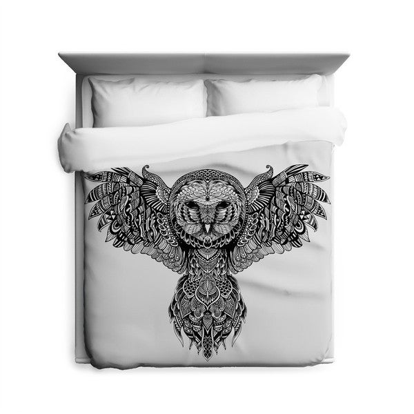 Sharp Shirter Majestic Owl Duvet Cover