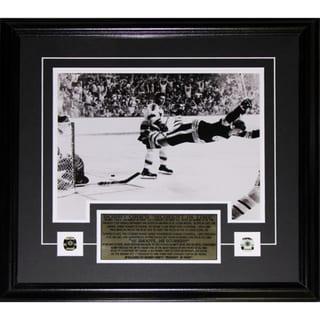 Bobby Orr The Goal Black and White 11x14 Frame 19200701