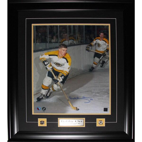 Bobby Orr Boston Bruins Signed 16x20-inch Frame 19200711