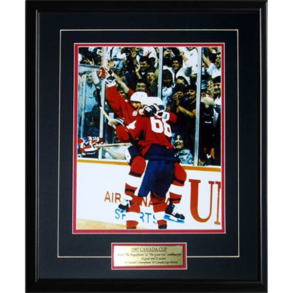 1987 Canada Cup Wayne Gretzky and Mario Lemieux 11x14 Frame 19200809