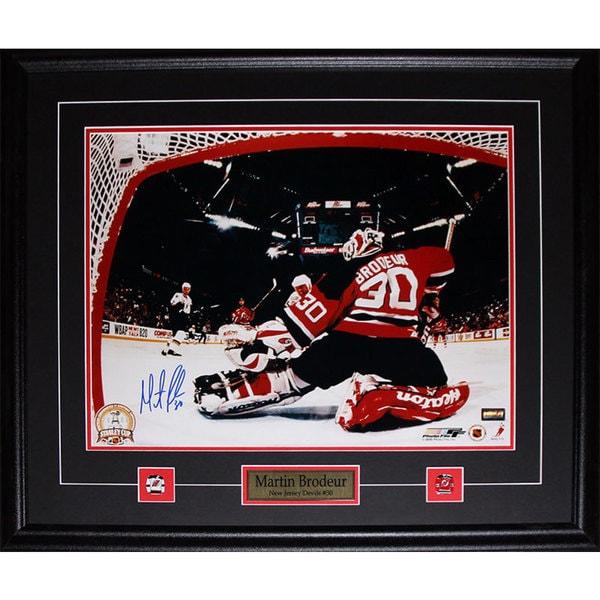 Martin Brodeur New Jersey Devils Signed 16x20-inch Frame 19201159