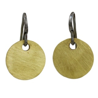 Handcrafted Gold Overlay 'Golden Morning' Earrings (Thailand)