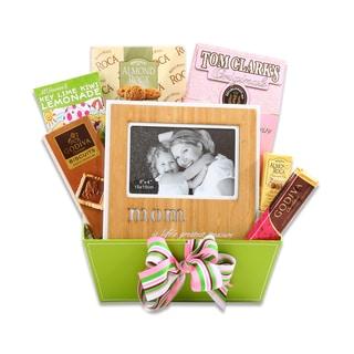 Alder Creek Special Gift for Mom Gift Basket