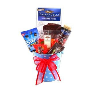 Alder Creek Gifts Just Add Ice Cream Gift Basket