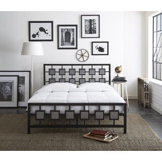 Sleep Sync Amber Metal Platform Bed