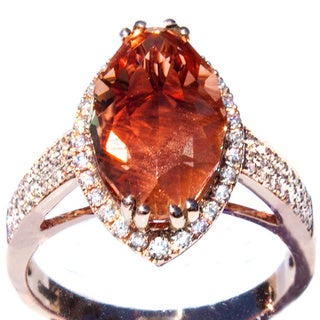18k Pink Gold Oregon Copper-bearing Sunstone with Schiller and Diamond Ring