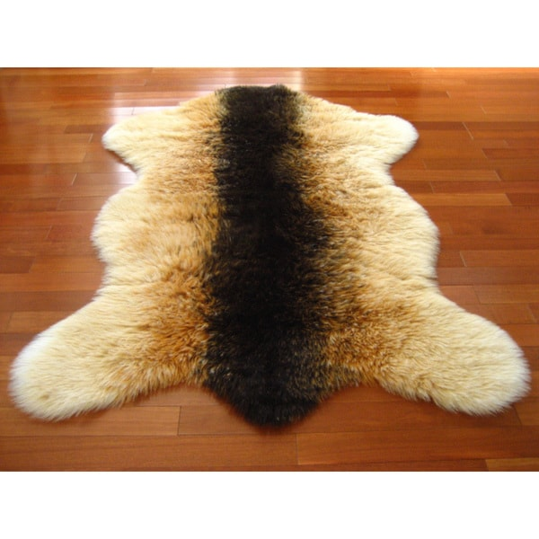 Brown/Orange/White Shaggy Goat Pelt Faux Fur Rug (3'3 x 4'7)