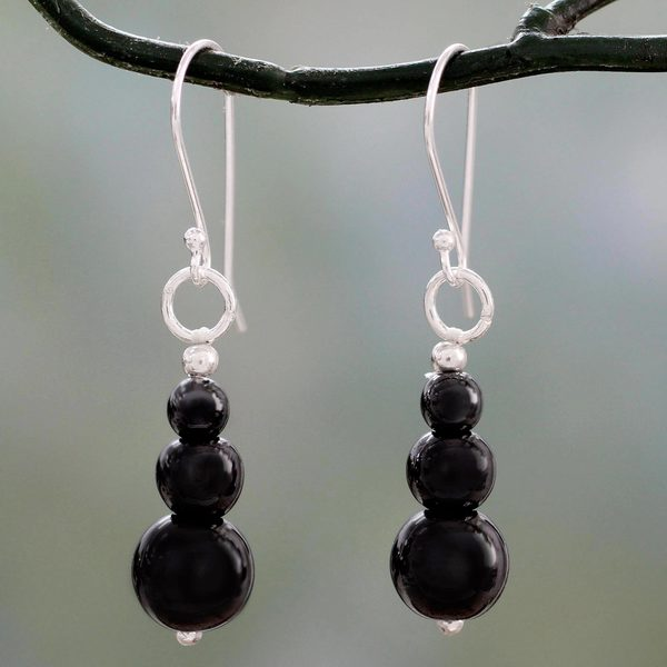 Handcrafted Sterling Silver 'Mysteries of the Night' Hematite Earrings (India)