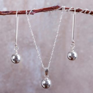 Handcrafted Sterling Silver 'Shining Orbs' Jewelry Set (Peru)