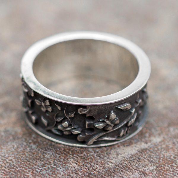 Handmade Sterling Silver 'God's Hand in Eden' Ring (Peru) 19267709
