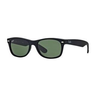 Ray-Ban RB2132 622/58 New Wayfarer Black Frame Polarized Green 55mm Lens Sunglasses