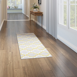 Modern Moroccan Trellis Grey/ Yellow Runner (2'x7'2)