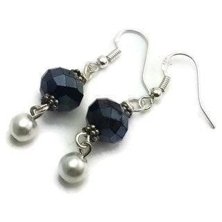 Mama Designs Sterling Silver Navy Blue Handmade Beaded Drop-style Earrings