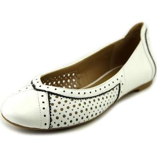 Nine West Women's Accocella White Leather Casual Flat Shoes