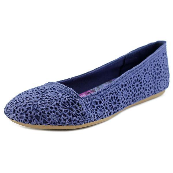 Fergalicious Women's Mosley Blue Fabric Flat Casual Shoes