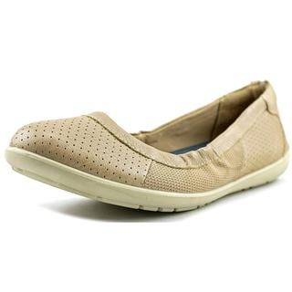 Naturalizer Women's Maddie Tan Leather Casual Shoes