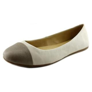 Lucky Brand Women's Brielly Off-white Suede Flat Casual Shoes