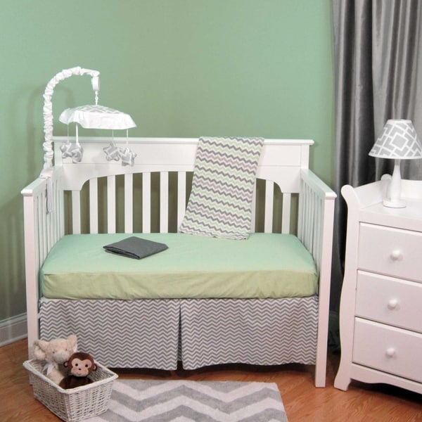 Zig Zag Green and Grey Chevron Cotton 4-piece Baby Crib Bedding Set