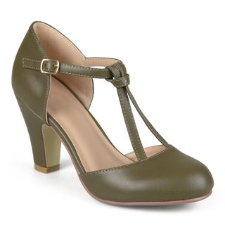 Journee Collection Women's 'Toni' T-strap Round Toe Mary Jane Pumps