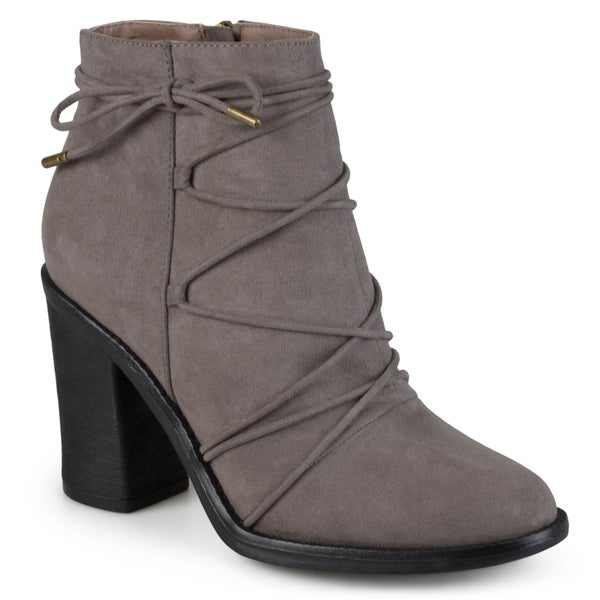 Journee Collection Women's 'Effie' Round Toe High Heeled Booties