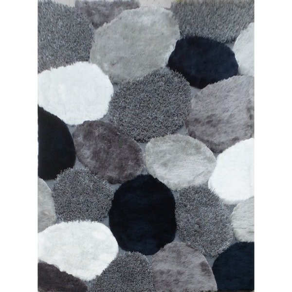 White/Silver/Grey/Navy Blue River Stone Design Shag Area Rug (5' x 7')