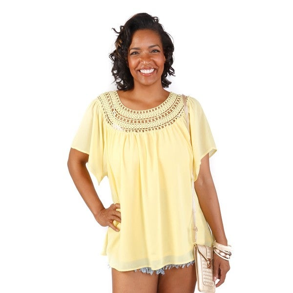 Hadari Women's Plus Size Short Sleeve Crochet Neck Sheer Blouse